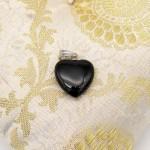 Кулон камень, сердечко