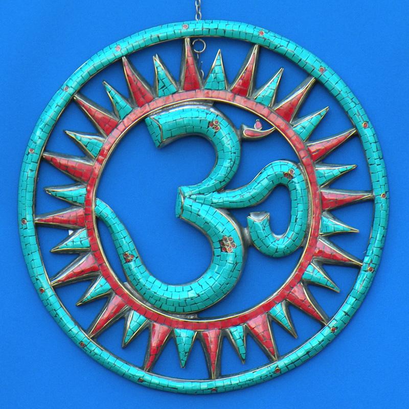 Солнце и священный символ ОМ