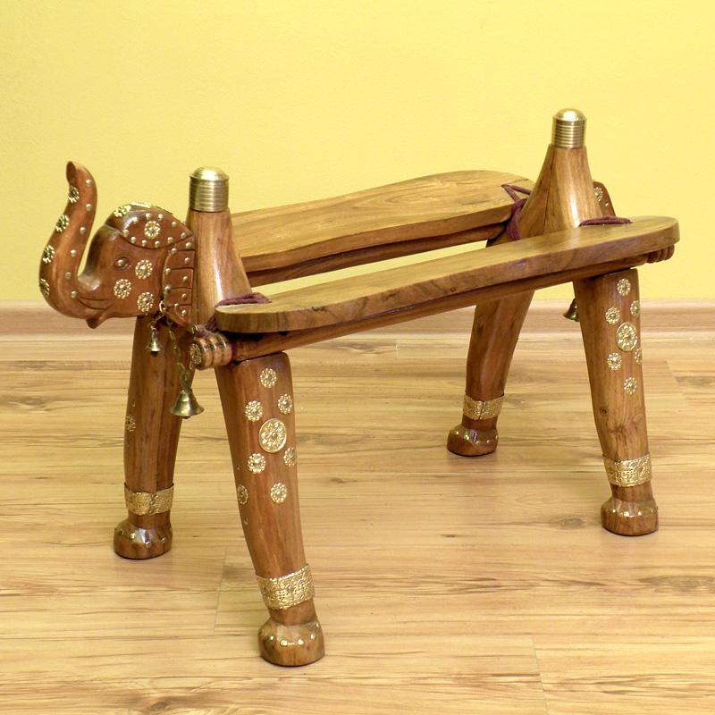 Стул - банкетка из дерева в виде слона