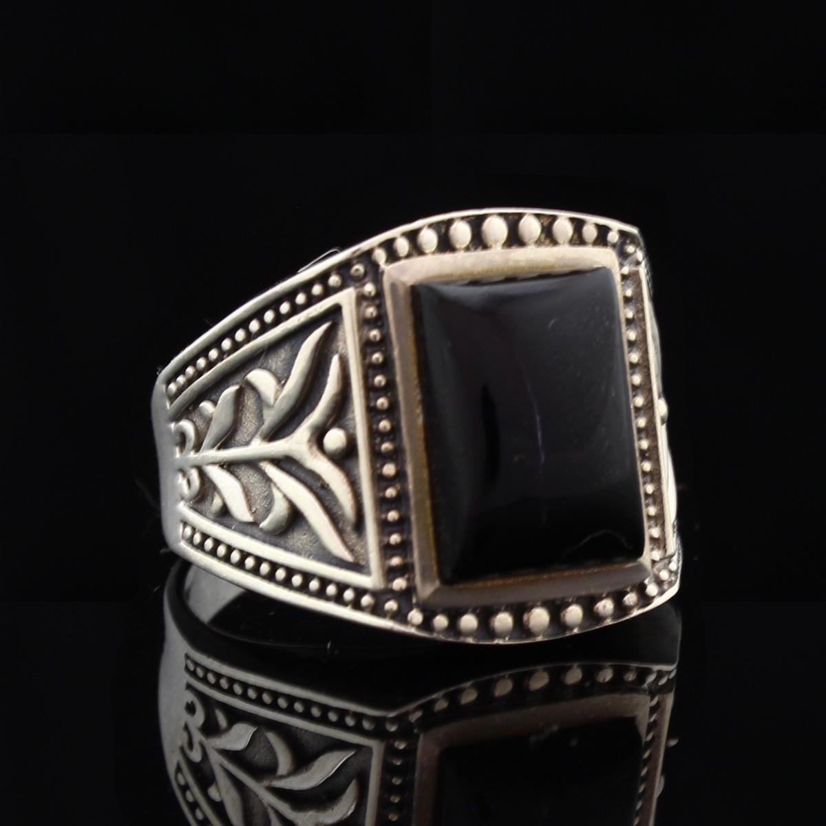 Кольцо, серебро, натуральный камень, Оникс, 12.04 г, проба 875, размер 22