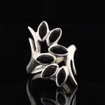 Кольцо, серебро, натуральный камень, Чёрный опал, 5.0 г, проба 875, размер 16,5